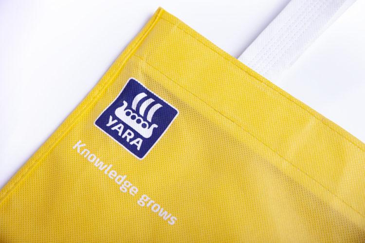 Merchandising Yara