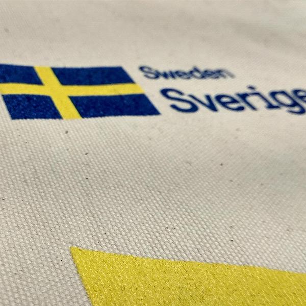 blog tecnicas marcaje textil.cual mejor serigrafia embajada suecia - Técnicas de Marcaje textil: ¿cuál es la mejor?