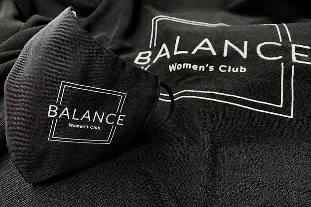portfolio impresión merchandising balance womens club material deportivo mascarilla